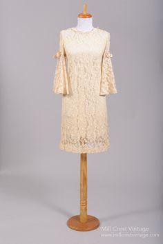 1960 Bell Lace Vintage Wedding Dress