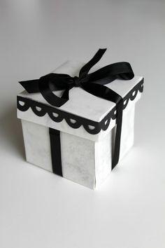 Monochrome Favour Box