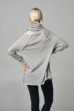 Super Comfy Turtleneck top - Heather Grey from Gypsy Outfitters - Boho Luxe Boutique $42.99