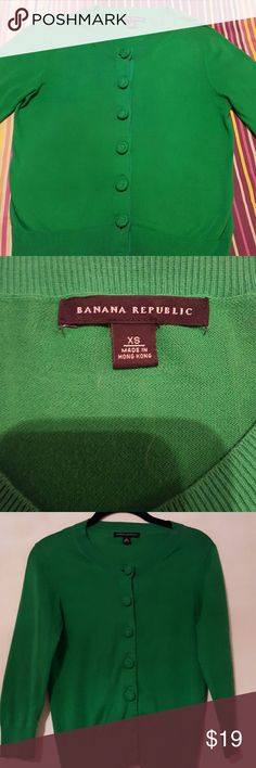 Banana Republic green cardigan sweater Adorable Banana Republic cardigan; 100% cotton Banana Republic Sweaters Cardigans