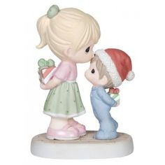 Love Is The Best Gift Of All - Christmas - Figurines - Precious Moments