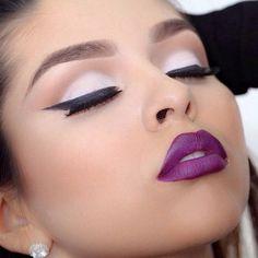 beautiful magenta lips