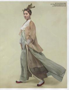 Korean Culture Fashion- Appreciate the Hanbok Ethnic Fashion, Asian Fashion, Fashion Art, Editorial Fashion, Fashion Design, Korean Traditional Clothes, Traditional Fashion, Traditional Dresses, Korean Dress