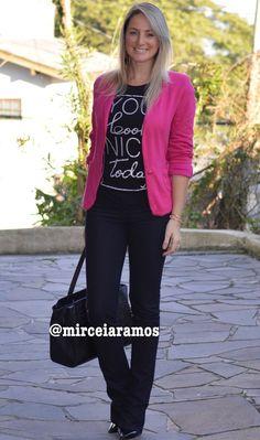 Look de trabalho - look do dia - look corporativo - moda no trabalho - work outfit - office outfit -  fall outfit - frio - look de outono - blazer pink - calça flare - jeans black