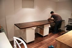 Custom desk project - Lots of great tips here from staining (burning first!) to how to actually put the thing together to STAY. Home Office Decor Guest Room Office, Home Office Space, Home Office Design, Home Office Decor, Home Decor, Office Ideas, Desk Ideas, Ikea Office, Desk Space