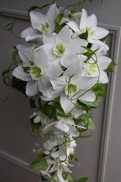 deze bloem, maar dan gecombineerd met mooie rozen, orchideeen.