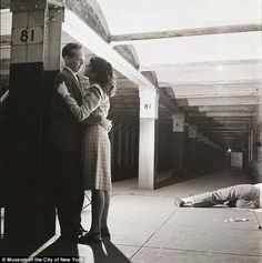 Love and sadness: In Kubrick's 1940s New York City subway, love existed simultaneously with urban depravity