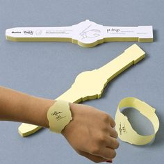 Post-It Sticky Notes Watch $14.99 - This would definitely fuel my obsession with sticky notes!  YES!!! Hahaha!