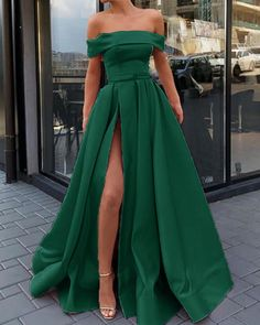 dark green formal gown long with slit CR 8824 Cute Prom Dresses, Elegant Prom Dresses, Grad Dresses, Fall Dresses, Pretty Dresses, Strapless Dress Formal, Bridesmaid Dresses, Chiffon Dresses, Long Dresses