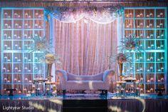 New Wedding Indian Decoration Mehndi Henna Cake 47 Ideas Wedding Reception Backdrop, Wedding Stage Decorations, Flower Decorations, Backdrop Decorations, Diy Backdrop, Wedding Centerpieces, Wedding Bouquets, Henna Cake, Indian Wedding Photography