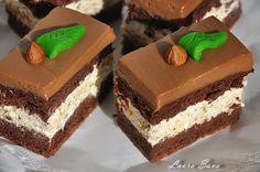 Prajitura cu alune si ciocolata | Retete culinare cu Laura Sava Cupcake Cakes, Cupcakes, Vanz, Romanian Food, Desserts, Sweets, Deserts, Tailgate Desserts, Cupcake