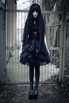 A very eerily beautiful gothic coordinate by chokelate. She's definitely one of my inspirations.