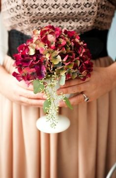 Wedding Tip: Pass the Cranberries- Cranberry Colored Wedding Inspiration