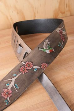 Guitar Strap - Leather Strap for Acoustic or Electric Guitars - May Pattern with Hummingbird and Che