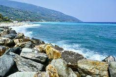 #wavy #rocky #beach #autumn #september