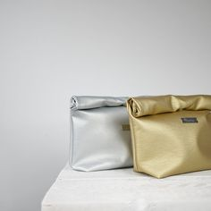 //www.etsy.com/listing/197490188/leather-lunch-bag-silver-or-gold-lunch