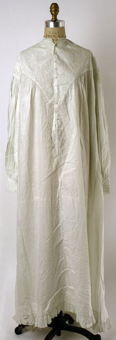 Nightgown | French | 1860s