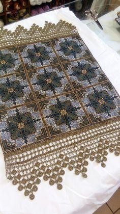 Needlepoint Stitches, Needlework, Cross Stitch Embroidery, Cross Stitch Patterns, Bargello, Blackwork, Bohemian Rug, Diy And Crafts, Traditional