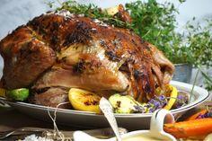 Skyn från kalkonen ca 3 dl vispgrädde S Food And Drink, Turkey, Victoria, Meat, Baking, Dinner, Recipes, Tips, Christmas