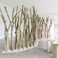 Biombo de troncos