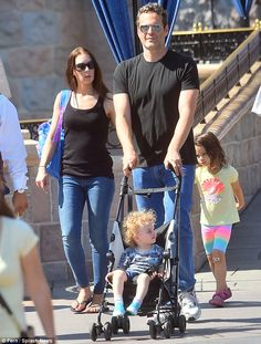 Happiest family on Earth! Vince Vaughn, wife Kyla and their two children were spotted spen... Vince Vaughn, True Detective, Family Affair, Disneyland Resort, Second Child, Famous People, Families, Ties, Celebrity