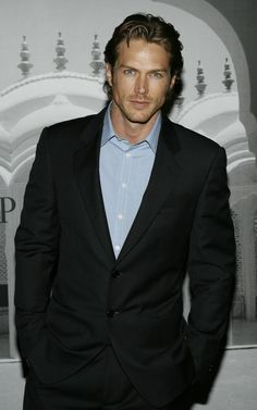Jason Lewis (THIS is what I imagine Christian Gray looks like)