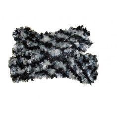 Echarpe Réversible Fil Fourrure Noir et Blanc https://sofrenchyboutic.pswebshop.com/fr/les-tricots-d-olga/207-echarpe-reversible-fil-fourrure-noir-et-blanc.html