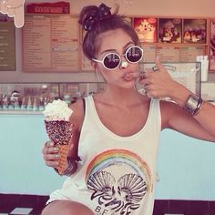 Ice cream girl #bali #food