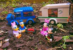 Camping with friends #mickey #minnie #donald #daisy #mickeymouse #minniemouse #daisyduck #donaldduck #camping #outdoor #disney #disneylego #campfire #wild #adventure #lego #legominifigures #legostagram #legogram #toy #toys #toystagram #toyslagram #toyslagram_lego #mouse #duck #bestfriend #bestfriends #bestfriendsforlife by hingles89