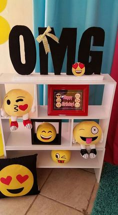Emoji❤Party Gardening Tools- an Overview Most people know very well about the rules and regulations 5th Birthday Party Ideas, Party Themes, Emoji Bedroom, Cute Crafts, Diy And Crafts, Nailart, Paint Party, Diy For Teens, Diy Craft Projects