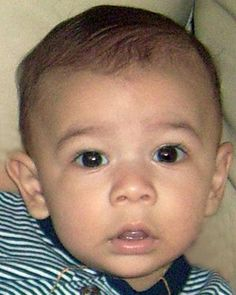 "Missing Boy: Jiulianny Estevez --FL-- 03/25/2009; Age at Missing: 7 months old  Sex:  Male  Race:  Hispanic  Hair:  Black  Eyes:  Black  Height:  1'0"" (30 cm)  Weight:  20 lbs (9 kg)  Also missing is his brother, Jacob.  They may be in the company of their mother. They may travel to Nicaragua.ANYONE HAVING INFORMATION SHOULD CONTACT the National Center for Missing & Exploited Children at 1-800-843-5678 (1-800-THE-LOST) or the Tampa Police Department (Florida) 1-813-276-3200"