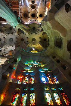 Interior de la Sagrada Familia, Barcelona. Gaudi the most amazing architect in history. Follow @absolutely_anika for more architectural phenomena's.