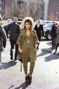 Miroslava Duma in army green #streetstyle #NYFW #fashionweek