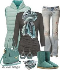 love the inclusion of ugg boots - really comfortable with a bit of style, Love the uggs and in love with this greenish blue teal color! Want and need this whole outfit, hehe :). Look Fashion, Teen Fashion, Runway Fashion, Womens Fashion, Fashion Design, Fashion Tips, Komplette Outfits, Winter Outfits, Casual Outfits