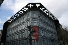 Casa del Terrore Budapest, Broadway Shows, Multi Story Building, Louvre, Places, Travel, Home, Trips, Broadway Plays
