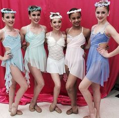 Kendall Vertes, Kalani Hilliker, Madison Ziegler, Nia Frazier, and Chloe Lukasiak ready to perform at last weekends competition on 'DanceMoms' a reality TV show on Lifetime Dance Moms Facts, Dance Moms Dancers, Dance Mums, Dance Moms Girls, Dance Moms Costumes, Dance Outfits, Dance Dresses, Group Costumes, Chloe Lukasiak