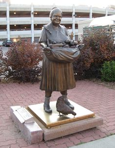 """Grandma's Garden"" on the Sculpture Walk in Sioux Falls, SD - photo by ali eminov, via Flickr"