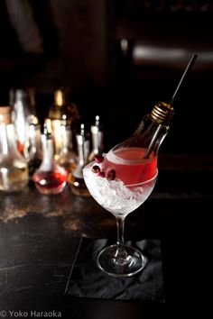 FLOWER - DRY GIN, LAVENDER, ELDERFLOWER, CRANBERRY