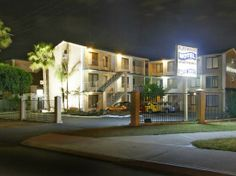 51 Best Best Accommodation Near Perth Images Cheap Hotels