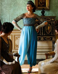 Is there anything more thrilling than a new frock?  Lady Sybil did her best to shock the family when she came down to dinner in these billowing trousers - and succeeded