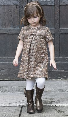 "ALALOSHA: VOGUE ENFANTS: La stupenderia take you on an beautiful adventurous trip to discover the ""New World"" of real style Little Girl Outfits, Toddler Girl Outfits, Little Girl Fashion, Little Dresses, Kids Fashion, Little Fashionista, Moda Kids, Outfits Niños, Creation Couture"
