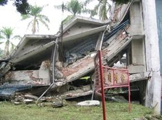 September 21 – The 921 earthquake, also known as the Jiji earthquake (magnitude 7.6 on the Richter scale), kills about 2,400 people in Taiwan.