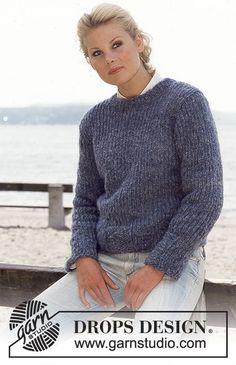 Enkel DROPS tröja i Highlander eller Cloud Knitted Cape Pattern, Jumper Knitting Pattern, Jumper Patterns, Knitting Patterns Free, Free Knitting, Free Pattern, Drops Design, Crochet Socks, Knit Crochet