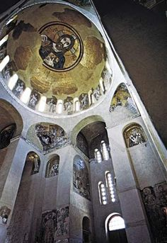 Interior of the monastery church at Daphne Greece, century, crowned with a Byzantine dome mosaic of Christ Pantocrator. Byzantine Architecture, Church Architecture, Religious Architecture, Ancient Architecture, Byzantine Icons, Byzantine Art, Early Christian, Christian Art, Fresco