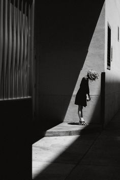 Woman / Black and White Photography