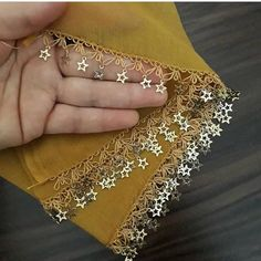 Star sequins needle lace - My Recommendations Hand Embroidery Videos, Bead Embroidery Patterns, Lace Embroidery, Hand Embroidery Designs, Embroidery Stitches, Saree Tassels Designs, Fancy Dress Design, Crochet Lace Edging, Point Lace