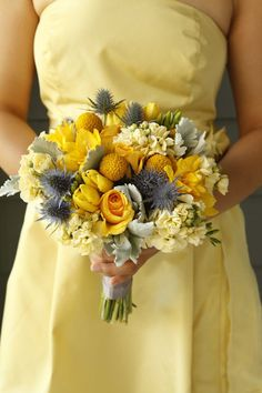 Absolutely Beautiful Wedding Bouquet: Lovely yellow and gray grey bouquet