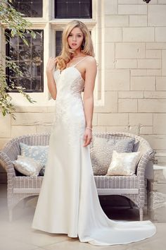 Tia 5558 - Satin with Lace Applique, mermaid style with sweetheart neckline