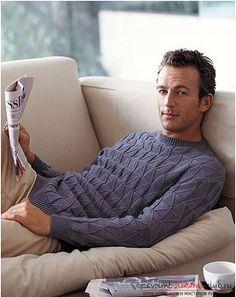 Своими руками вяжем теплый и красивый мужской свитер спицами по схеме. Доступный и простой способ вязания прекрасного свитера для мужчины