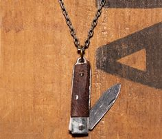 dont forge to check this pocket knife necklace when you fly!